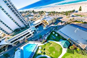 A bird's-eye view of Surfers International Apartments