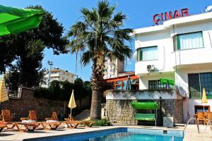 Oz Cinar Hotel