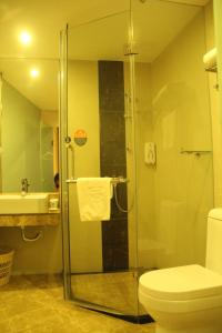 GreenTree Inn Guangdong Guangzhou Baiyun Avenue Yongping Business Hotel