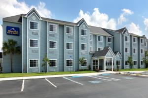 Picture of Microtel Inn and Suites - Zephyrhills