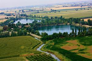 Agriturismo ai due laghi gambulaga prezzi aggiornati for Teli per laghi artificiali prezzi