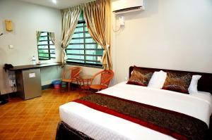AKT Hotel - A Kyi Taw