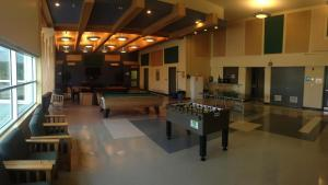 Een biljarttafel in Residence & Conference Centre - Sudbury West