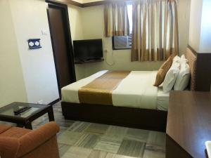 ★★★ Hotel Avon Ruby, Mumbai, India