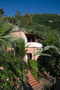 Villa La Residenza - A Mediterranean Oasis
