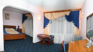 索洛维耶纳亚洛查酒店 (Solovyinaya Roscha)