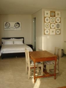 Camps Bay Studio Guesthouse - Studio
