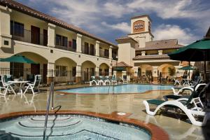 Picture of Ayres Hotel Redlands
