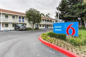 Picture of Motel 6 Salinas North - Monterey Area