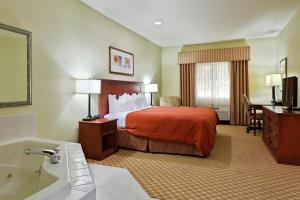Picture of Country Inn & Suites Decatur
