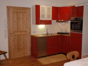 A kitchen or kitchenette at Apartment Gaby