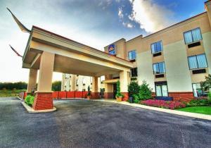 Picture of Best Western Plus Gadsden Hotel & Suites