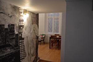 Romantic apartment in the center of Kiev
