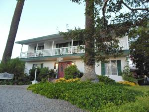 Picture of Plantation Bed & Breakfast