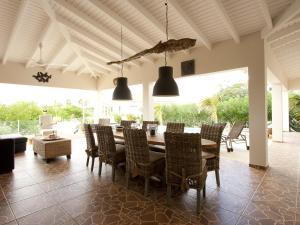 卡萨卡里达别墅 (Casa Calida)