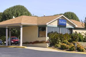 From 51 Picture Of Travelodge Ridgeway Martinsville