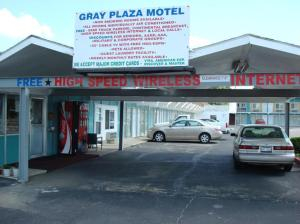 Picture of Gray Plaza Motel