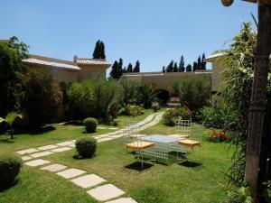 萊斯賽普魯斯酒店 (Les Cyprès)