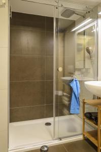 A bathroom at Ferienwohnung Radebeul Gerlach