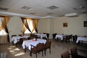 Hotel Komplex Derbi