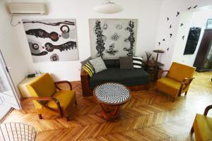 Midtown Oasis apartment
