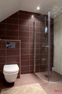 A bathroom at Serviced Apartments Malmö