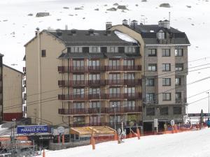 LCB Apartaments Pas de la Casa during the winter