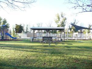 四大米尔迪拉十字路口假日公园露营地 (Big4 Mildura Crossroads Holiday Park)