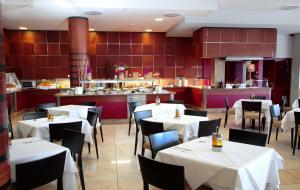 Restoran atau tempat makan lain di Caybeach Caleta