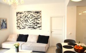 Apartment Chic Ploce