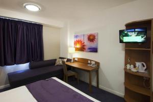 Premier Inn Dover - A20