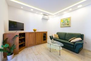 豪华公寓 (Apartment Luxe)