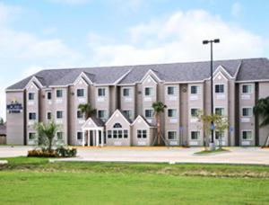 Picture of Microtel Inn & Suites by Wyndham Breaux Bridge