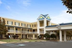 Picture of Days Inn Chattanooga/Hamilton Place