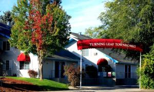 Picture of Turning Leaf Furnished Townhomes