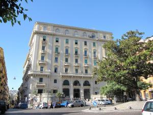 Piazza Amedeo Studios