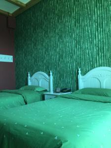 Beijing Lingjian Xiaoxi Theme business Hotel
