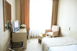 (Business Hotel Delta)
