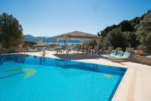 Πισίνα στο ή κοντά στο Marmara Studios
