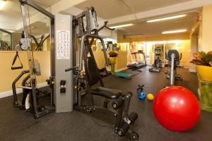 The fitness center and/or fitness facilities at Legacy Vacation Resorts - Reno