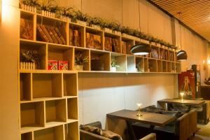 Denise Hotel Apartment(Shangxiajiu Branch)