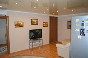 Apartment Sheronova 127