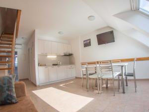 Kuhinja oz. manjša kuhinja v nastanitvi Apartment Šmon