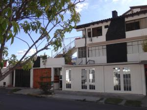 Bed and Breakfast La Uvilla