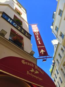 Grand H 244 Tel Dechampaigne Paris France Booking Com