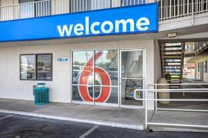 Picture of Motel 6 Williams