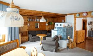 Ein Sitzbereich in der Unterkunft Försterhaus Grossarl