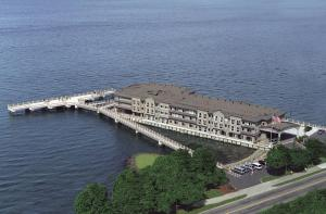 Picture of Silver Cloud Inn - Tacoma Waterfront