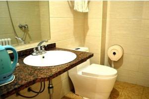 Hohhot Jiahong Home Inn Renmin Stadium Branch