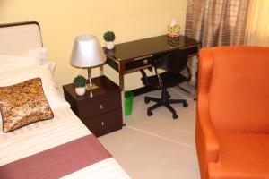The Redbloom Suites Manila at Sea